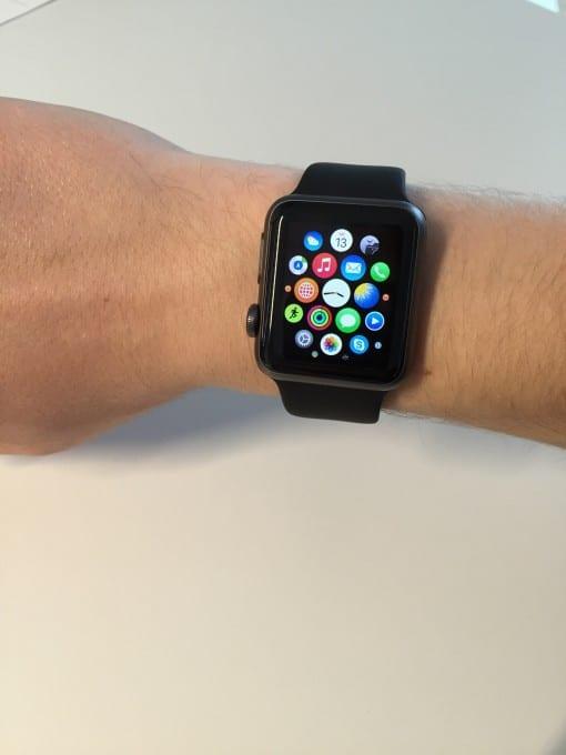 Apple Watch Sport apple watch Ist die Apple Watch schon ausgereift? – die Smartwatch im Alltagstest IMG 6734 e1432992384418 510x680