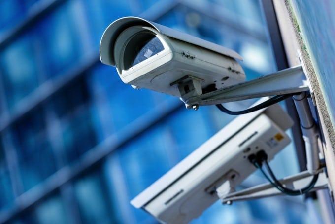 Neues Gesetz zur Vorratsdatenspeicherung - sie wird kommen vorratsdatenspeicherung Neuer Gesetzentwurf zur Vorratsdatenspeicherung shutterstock 180735251 680x454