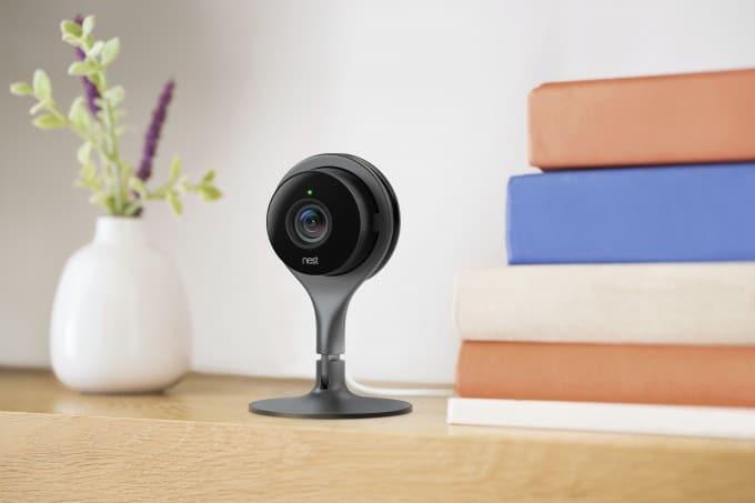 Nest Cam überwacht das Haus nest Google stellt neue Nest-Produkte vor camera lifestyle a d665c6d0 680x453