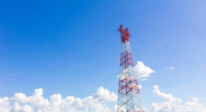 Umstellung auf DVB-T2 benötigt neue Hardware im Haushalt dvb-t2 Umstellung von DVB-T auf DVB-T2: Millionen Haushalte müssen umrüsten shutterstock 230554249 680x371