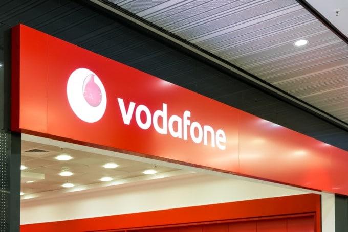Vodafone schaltet VoLTE für weitere Samsung-Geräte frei volte Vodafone ermöglicht VoLTE für Samsung Galaxy S6 (Edge) shutterstock 207029776 680x454