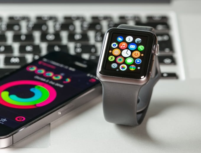 Apple Watch ab August bei Best Buy Apple Watch Vertrieb der Apple Watch wird vergrößert shutterstock 296165144 680x517