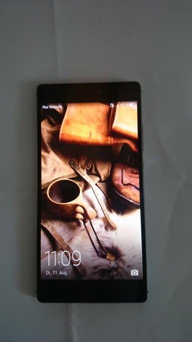 So sieht es aus: das Huawei P8 huawei p8 Huawei P8 Testbericht: Hände weg von der Digitalkamera! DSC 0579 e1439393208688 383x680