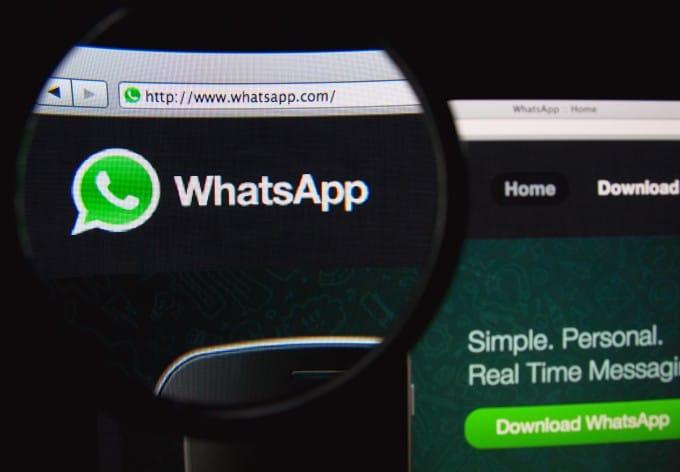 shutterstock_177587573  WhatsApp Web auch für iOS-Nutzer verfügbar shutterstock 177587573 680x472