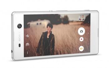 Sony erweitert Xperia-Reihe mit neuem Phablet und Smartphone