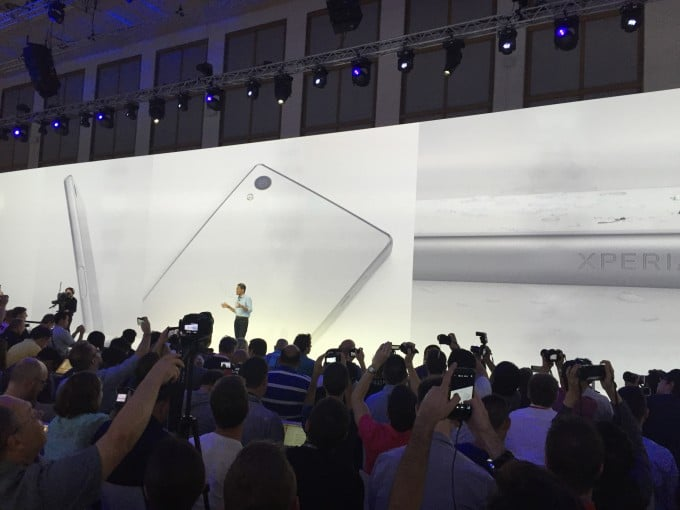 Sony Xperia Z5 Reihe vorgestellt Xperia Z5 Sony stellt Xperia Z5 vor – drei Modelle mit klasse Kamera IMG 9256 e1441213949901 680x510