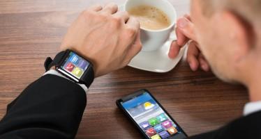 """""""Noch nicht massentauglich"""" – Stiftung Warentest testet Smartwatches"""