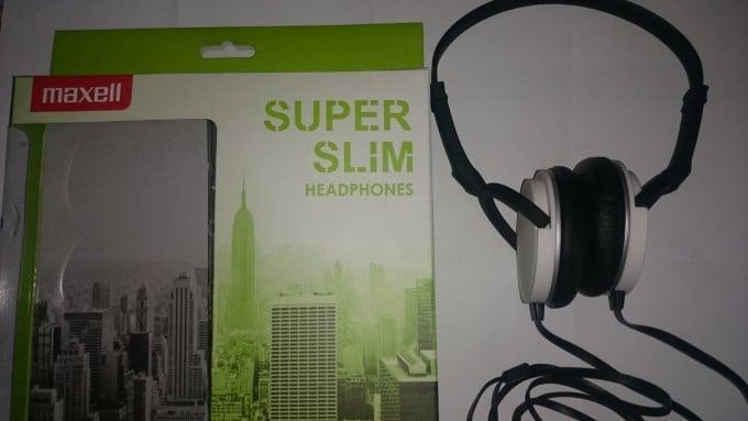 Maxell Super Slim Headphones mit Verpackung maxell Maxell Super Slim – der Kopfhörer mit klasse Tragekomfort DSC 0020 680x383