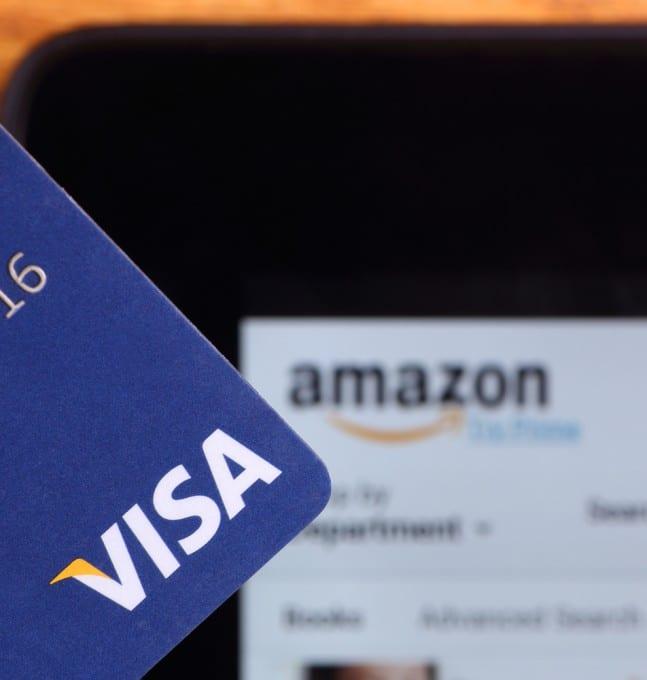 Amazon stellt Kreditkarten-Bonusprogramm um amazon Amazon stellt Kreditkarten-Bonusprogramm um – keine Gutscheine mehr per E-Mail shutterstock 181045106 647x680