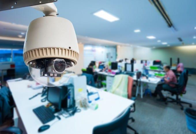 Vorratsdatenspeicherung steht kurz bevor - kaum noch abwendbar vorratsdatenspeicherung Vorratsdatenspeicherung soll diese Woche verabschiedet werden shutterstock 214426321 680x466