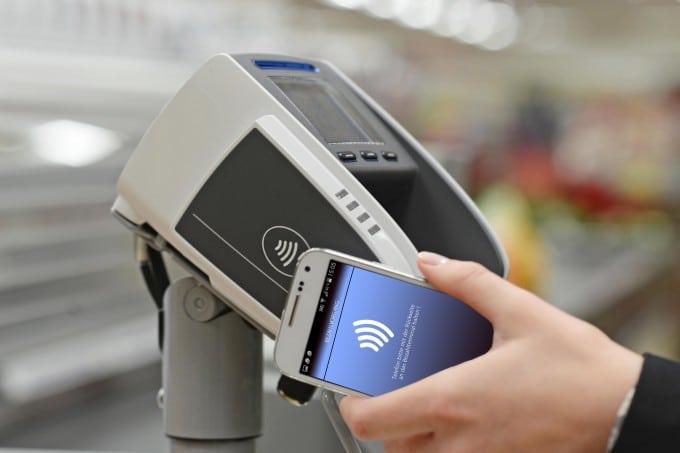 ALDI Süd kontaktlos Bezahlen Bezahlen ALDI Süd zieht mit kontaktlosem Bezahlen nach – auch mit Smartphones möglich ALDI Sued kontaktlos bezahlen 680x453