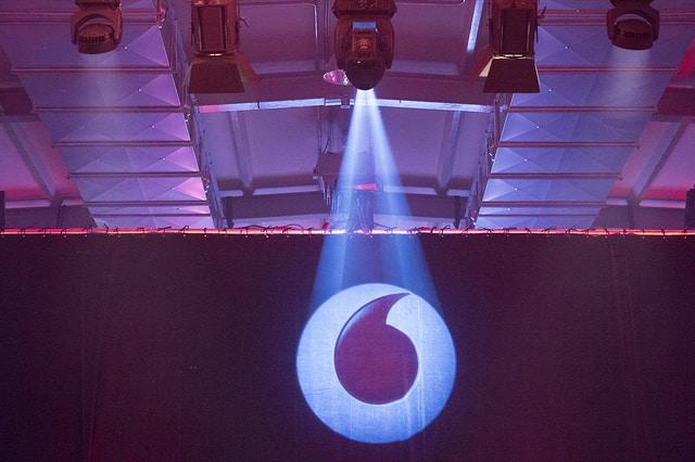 Vodafone stellt Filesharing Grenze ein Vodafone Rückzug: Vodafone hebt Filesharing-Grenze vollständig auf Vodafone stellt Filesharing Grenze ein