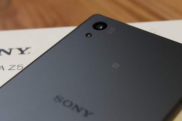 Sony Xperia Z5 mit seiner Rückseite sony xperia z5 Sony Xperia Z5 getestet – Sony im Pixelwahn IMG 7387 630x420