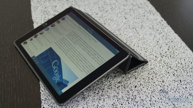 Die Standfunktion der StilGut Couverture stilgut couverture Test: StilGut Couverture iPad Pro 9.7 Zoll – eine gute Alternative Die Standfunktion der StilGut Couverture 630x354