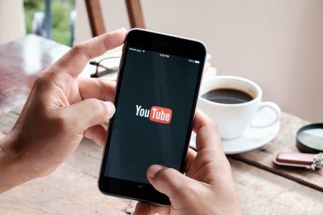 YouTube startet mit Bumper Ad YouTube YouTube führt nicht überspringbare Bumper Werbung ein YouTube startet mit Bumper Ad 660x440