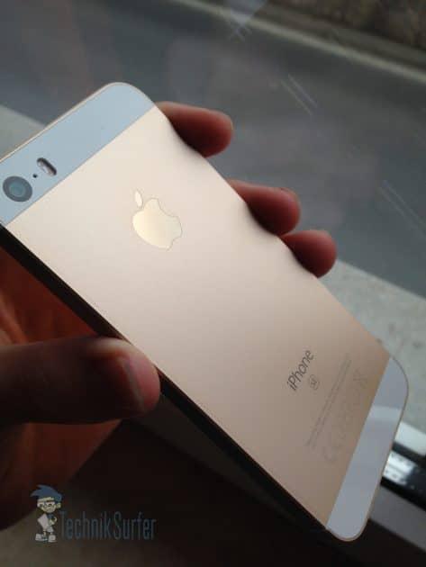 iphone se iPhone SE getestet – kleines Smartphone mit großer Technik iPhone SE in zeitlosem Design 473x630