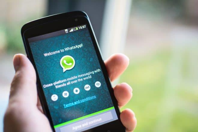 lo-c whatsapp messenger WhatsApp Urteil: englische AGB von WhatsApp in Deutschland nicht ausreichend WhatsApp 660x440