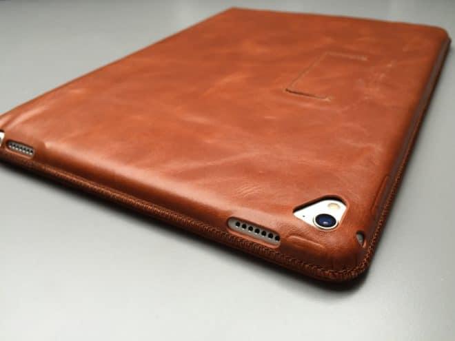 Kavaj_Berlin_Rückseite  Kavaj Berlin – Edle iPad Pro Lederhülle IMG 3275 660x495