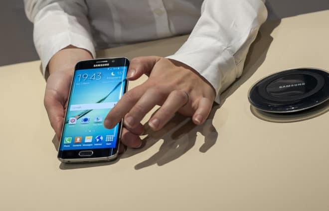 dv-c samsung galaxy s6 Fingerabdruck Forscher entsperren Samsung Galaxy S6 mit ausgedrucktem Fingerabdruck shutterstock 258081482 660x423