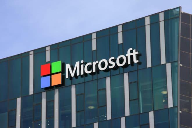 lo-c microsoft  microsoft Microsoft hebelt aus Versehen den wichtigsten Sicherheitsmechanismus von Windows aus shutterstock 370707185 660x440