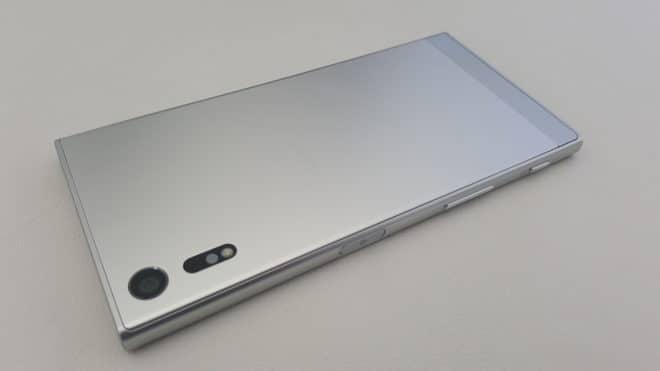 Sony-Xperia-XZ-2  Sony Xperia XZ: Schnell, wasserdicht und mit guter Kamera Sony Xperia XZ 2 660x371