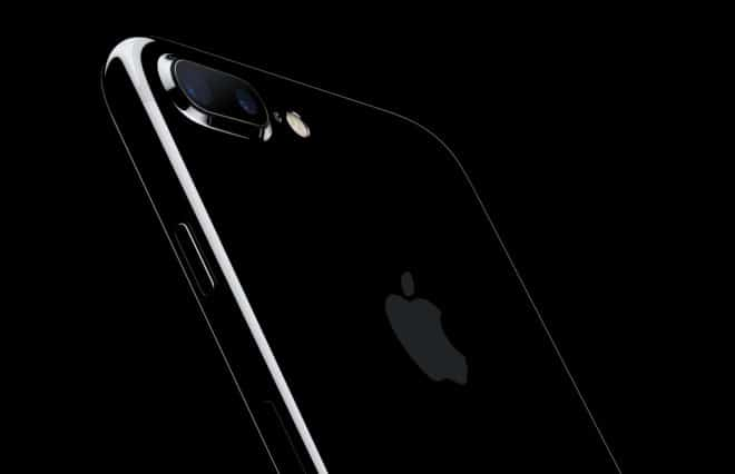 dv-c iphone 7 apple Analyse: Hat Apple geliefert? iPhone7Plus JetBlk 34BR LeanForward OB PR PRINT 660x426