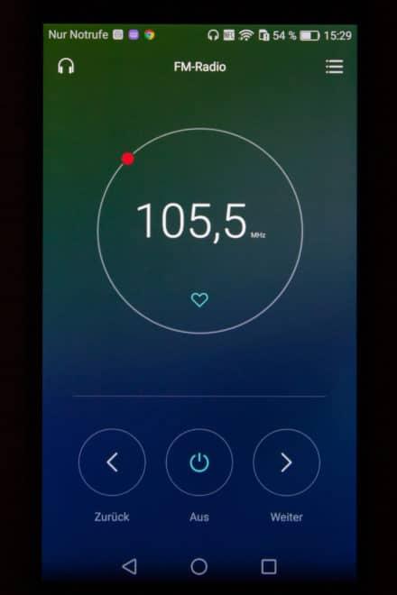 Radio-App - A. Bergmann / PICTURE GROUP huawei nova Im Test: Das Huawei Nova – das Smartphone der Superlative 21 Radio App 440x660