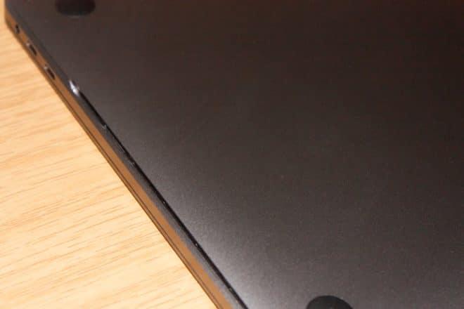 macbook Angetoucht: Das MacBook Pro mit Touch Bar im Test L  ftungsschlitz 660x440