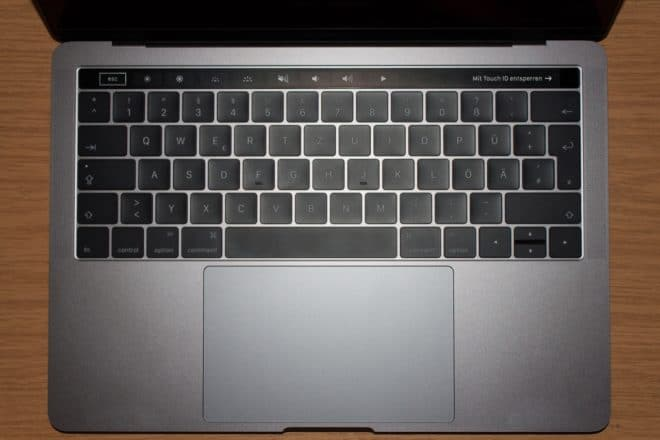 macbook Angetoucht: Das MacBook Pro mit Touch Bar im Test Tastatur Komplett 660x440