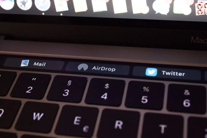 macbook Angetoucht: Das MacBook Pro mit Touch Bar im Test TouchBar Teilen Mail AirDrop Twitter 660x440