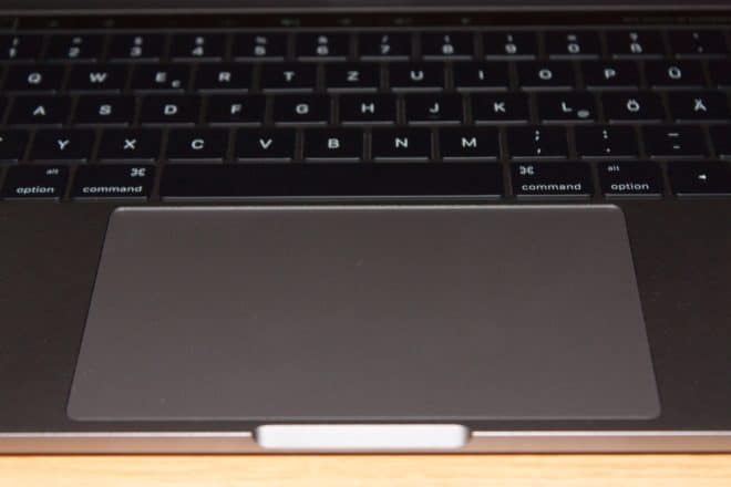 macbook Angetoucht: Das MacBook Pro mit Touch Bar im Test Trackpad 660x440