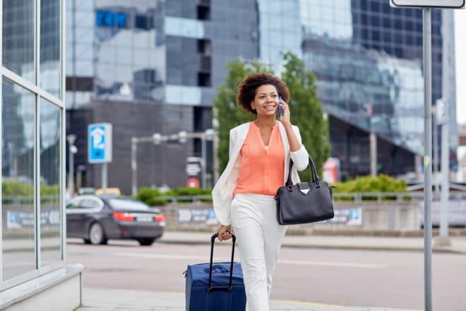 Roaming Abschaffung von europäischen Roaminggebühren bringt nun doch Fair-Use-Policy mit sich bigstock travel business trip people 97092779 660x440