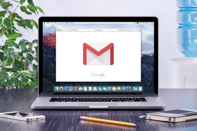 Google Kehrtwende: Gericht veranlasst ausländische Datenherausgabe von Google Mail bigstock Google Gmail Logo On The Apple 98341457