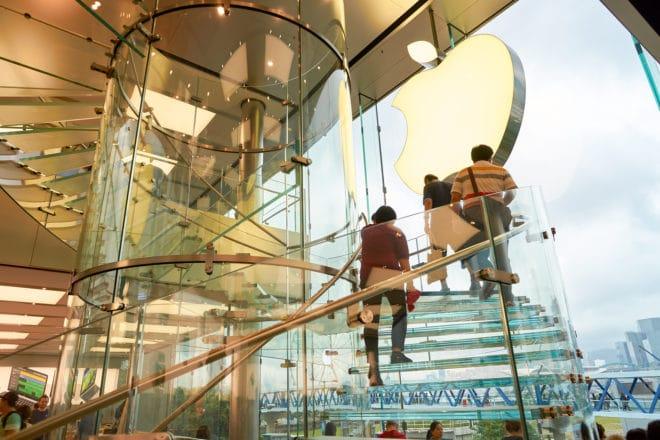 Apple Apple Apple übernimmt Automatisierungsapp Workflow samt Team bigstock HONG KONG CIRCA SEPTEMBER 148169093 660x440
