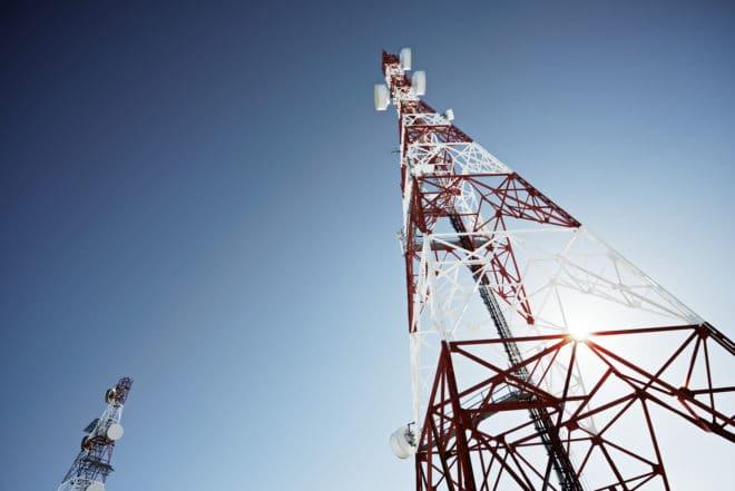 Telekommunikation bandbreite Studie: Internet ist oft langsamer als vom Anbieter angegeben bigstock Telecommunications tower with 86807270 660x441