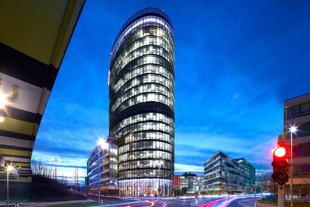 Vodafone vodafone CeBIT 2017: Vodafone bläst zum Sturm auf – das GIGANETZ vodafone