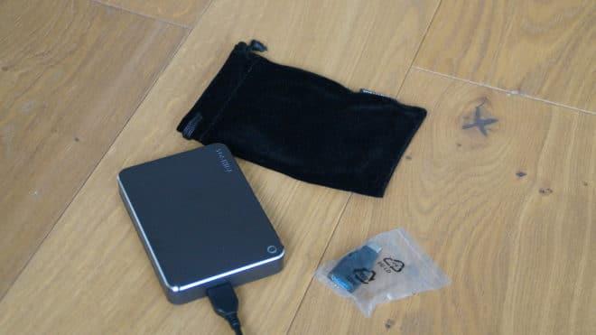 Toshiba Canvio Premium for Mac - Lieferumfang toshiba canvio Test: Toshiba Canvio Premium for Mac – externe Festplatte mit Überzeugungskraft Toshiba Canvio Premium Mac Lieferumfang 660x371