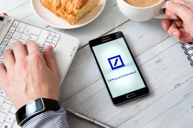 Deutsche Bank deutsche bank Noch diese Woche: mobiles Zahlungssystem der Deutschen Bank kommt bigstock 152675990 660x439