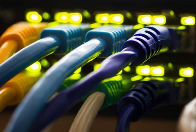 LAN Kabel Internet Zu langsames Internet: Bundesnetzagentur legt ersten Entwurf mit Richtlinien vor bigstock 160936730 660x446