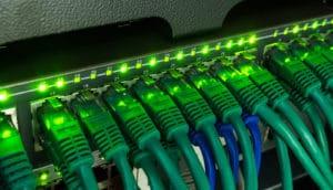 LAN-Kabel im Server
