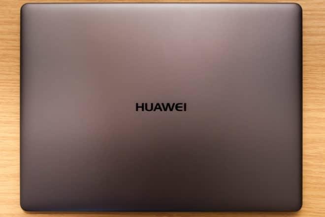 Huawei MateBook X huawei matebook Test: Huawei MateBook X – Kann Huawei auch Notebooks? 06 Huawei MateBook X oben 660x440