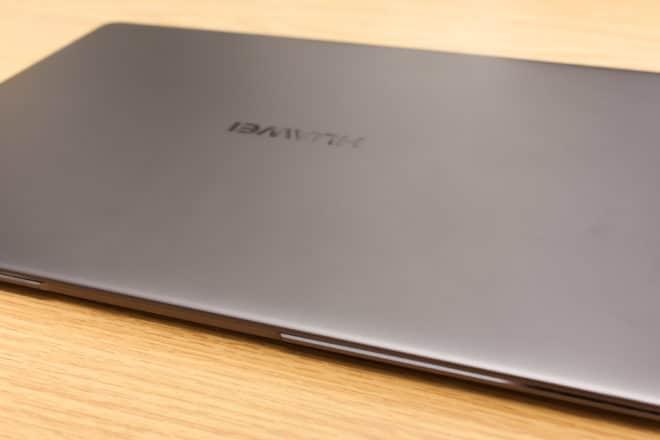 Huawei MateBook X huawei matebook Test: Huawei MateBook X – Kann Huawei auch Notebooks? 07 Huawei MateBook X seitlich 660x440