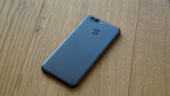 Huawei nova 2 huawei Test: Huawei nova 2 – Der Selfie-Superstar hat sich verknipst Huawei nova 2 hinten 660x371