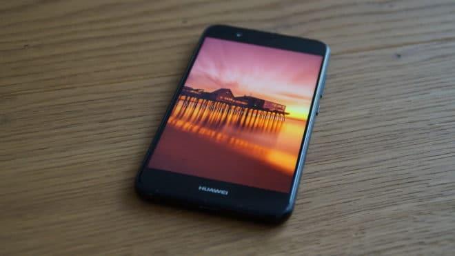 Huawei nova 2 huawei Test: Huawei nova 2 – Der Selfie-Superstar hat sich verknipst Huawei nova 2 oben2 660x371